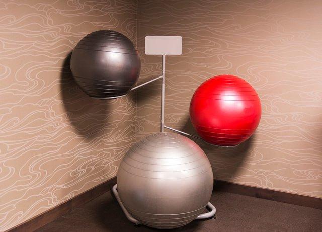 さまざまなサイズのバランスボール